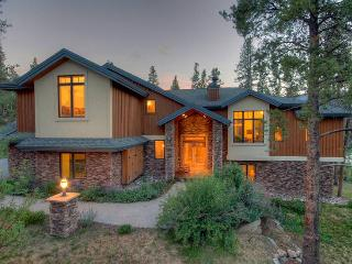 Highlands Ridge Retreat - Private Home, Breckenridge
