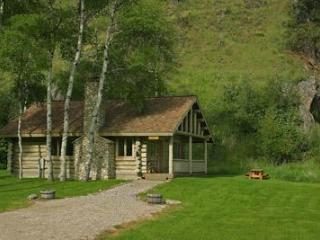 Aspen Cabin at Rye Creek Lodge, Darby