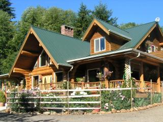 Powder Creek Ranch Bed & Breakfast  Eastlake Suite, Beaver
