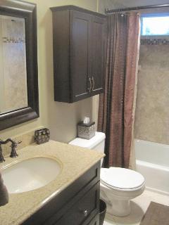 Remodled Guest Bath
