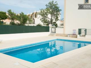 Luxury 2 bed villa in Albufeira .Both en-suite. Bonus  basment space .