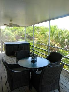 screened in deck off livingroom