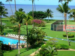 Maui Sunset A122 Oceanfront Ocean View 3 Bedroom 3 Full Bathrooms Sleeps 6, Kihei