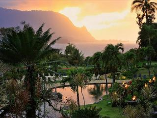 Bali Hai ocean view in premium resort, walk or ride to beach! A/C, Princeville