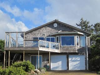 Lea House---R340 Waldport Oregon vacation rental