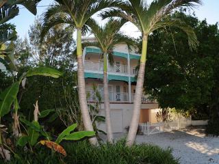 Ave B Hotel Home-Margarita Shores-Bradenton Beach