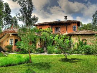 Spectacular Mountainside Villa Near Antigua, Ciudad Vieja