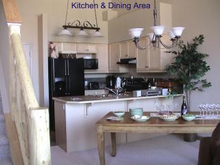 Kitchen/Dining Area (seats 6 people)