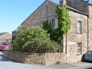 JOINERS ARMS, romantic, luxury holiday cottage, with a garden in Burton-In-Lonsd