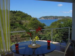 Unique House-Super View-Pool-Short Walk to Beach, Playa Carrillo