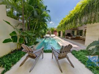 Pool in Villa 1