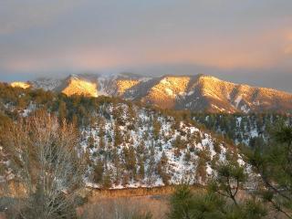 A Bella Vista Valdez Condos / townhousetaos.com