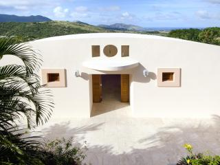 On Island Time: Privacy, Luxury, & Stunning Vistas, St-Martin/St Maarten