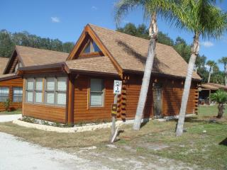 Lake Okeechobee Log Cabin