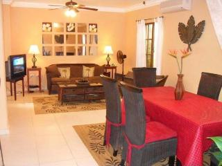 Cable TV, Flat screens and wireless internet. Colonial furniture
