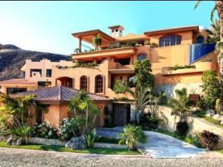 Luxury Villa Overlooking Pacific Ocean, Cabo San Lucas