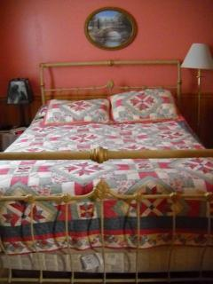 Queen size bed with pillow top mattress