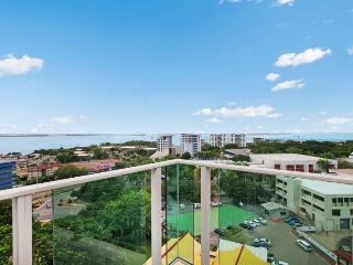 Beachlife Sea Spray  Luxury Condo  Harbour Views