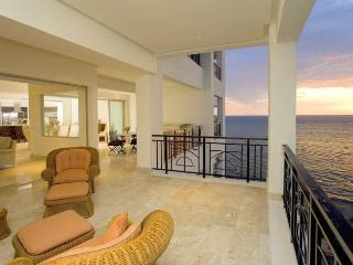 Oceanfront Luxury in the Heart of Puerto Vallarta!
