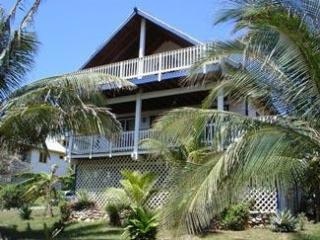 Sea Breeze Villa, West Bay
