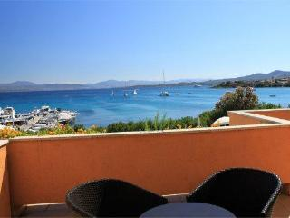 Beach Apartment on Golfo Aranci -