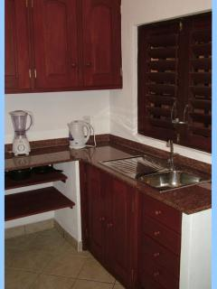 Fully equiped kitchen - Fridge, Cooker etc