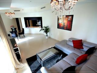 275-Great Apartment At The Greens, Dubai