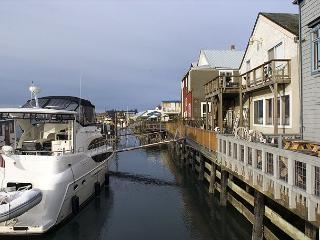Waterfront Cabin, Amazing Views! 2Bd+Loft, Slps 8, Summer 4th night free