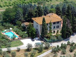 Villa I Leoni Between Florence Sienna and Pisa  - 1 km to village -  Aircond., Montespertoli