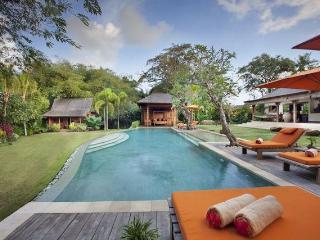 Villa Kavaya 4 Bedrooms, Canggu, Bali, Pererenan