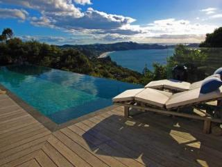 Claire's Luxury Hideaway - Amazing Accom