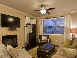 2 Bed 2 Bath Condo - Kierland Plaza  Condo - Gated, Scottsdale