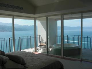 4/5 BDR Grand Ventian Best Views in PV.  End unit., Puerto Vallarta