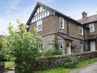 CORNBROOK HOUSE, family friendly, country holiday cottage, with a garden in