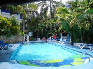 NA301C - Pool view - 2 bed - two bath, Playa del Carmen