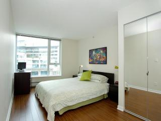 D10 - Luxurious 2 bedroom, Vancouver