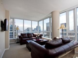 D30 - 2 BR Corner suite with views in downtown, Vancouver