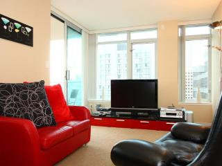 D2 - Heart of Downtown Upscale Stylish 1 Bedroom, Vancouver