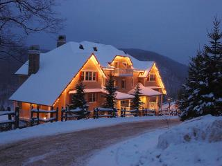 Mont Tremblant Mountain-Home Condo, Accom. up to 8