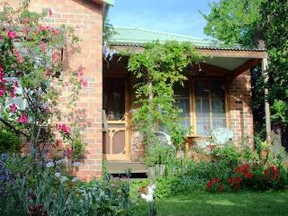 Askrigg Cottage, Moonee Ponds