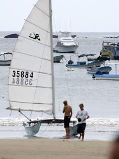 Hobie Cat Sailors make a stop in the bay
