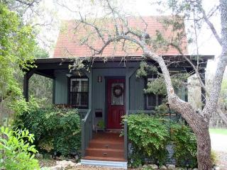 Ravenwood Cottage, Fredericksburg
