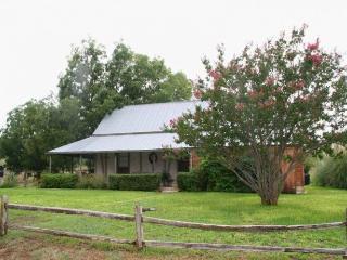 Baethge-Behrend Home, Fredericksburg