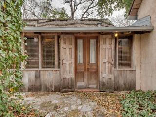 Austin Street Retreat - Kristin's, Fredericksburg
