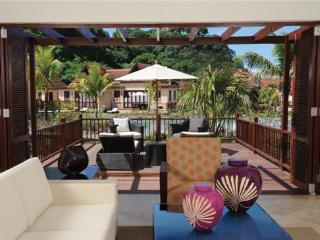 Buccament Bay: 1 Bedroom Villa Garden View