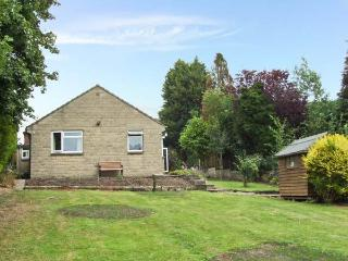 MATLOCK GREEN, pet friendly, country holiday cottage, with a garden in Matlock,