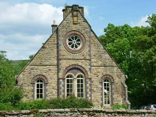 1 THE OLD METHODIST CHAPEL, family friendly, luxury holiday cottage, with a garden in Rosedale Abbey, Ref 8233, Pickering