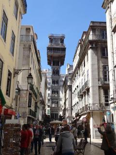 Surroundings: Santa Justa Lift at your door, 1 minute walking