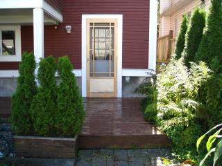 Garden Suite entrance.