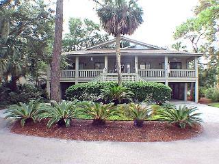 Egret Lane 18 Welcoming Porch